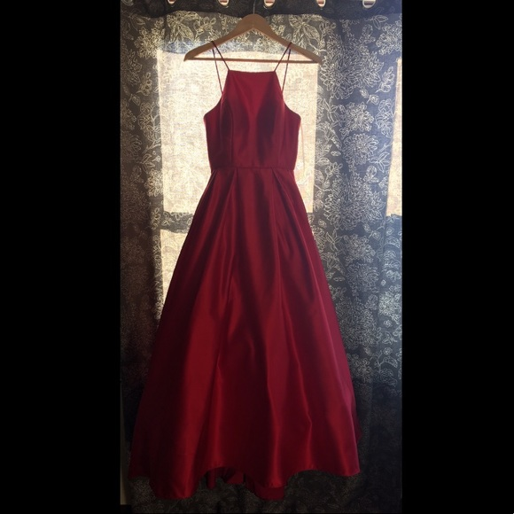 0e151a6f0a Stunning Red Lord   Taylor Ball Gown